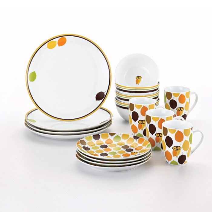 Little Hoot Dinner Plates from Rachel Ray