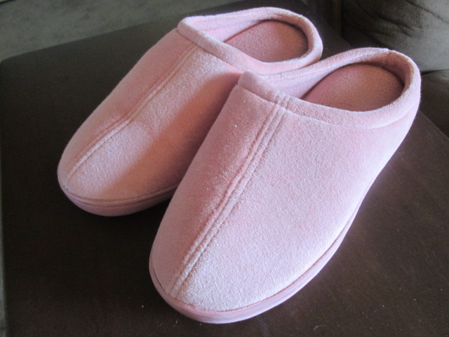 Comfy Slippers From Nature's Sleep (Giveaway)