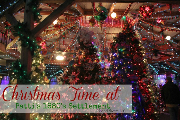 Christmas at Patti's 1880's Settlement in Grand Rivers, KY