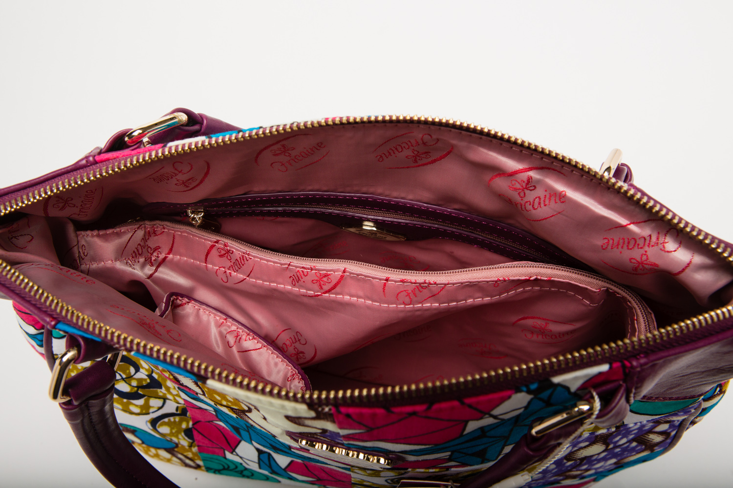 Using the Fricaine Pretty Bride Shoulder Bag as the Perfect Laptop Bag