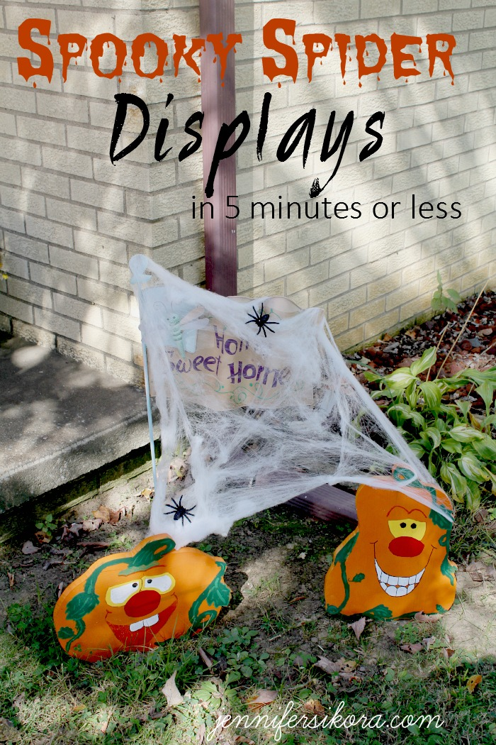Spooky Spider Displays in 5 Minutes or Less
