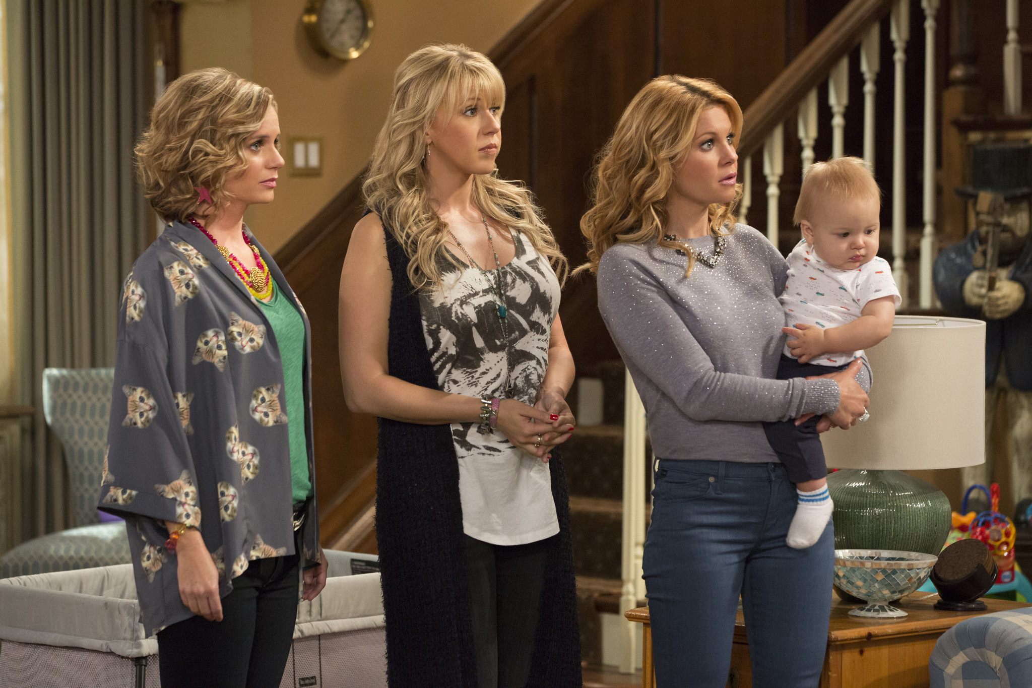 First Look at Fuller House