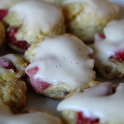 Mini Strawberry Scones with Vanilla Bean Glaze