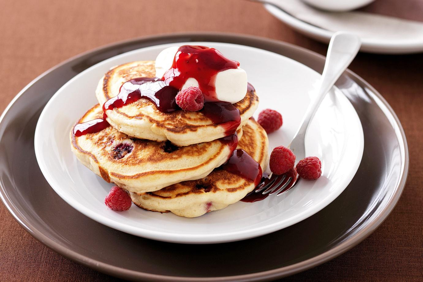 How to Make the Best Raspberry Pancakes