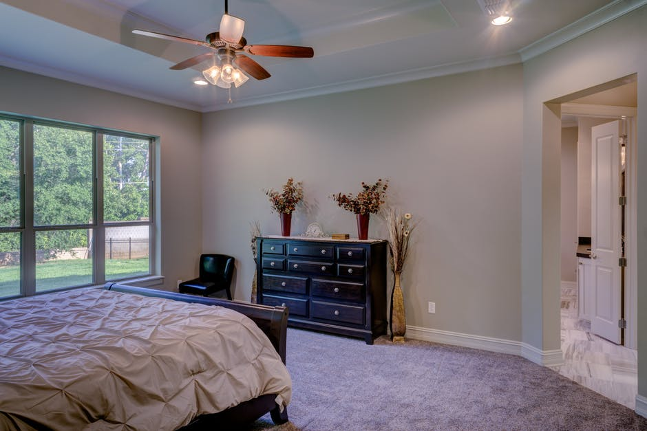 4 Tips for Decorating With Ceiling Fans