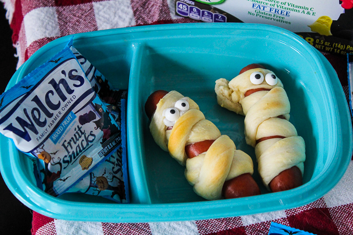 Mummy Dogs – the Perfect Spooky Lunch for Your Kid