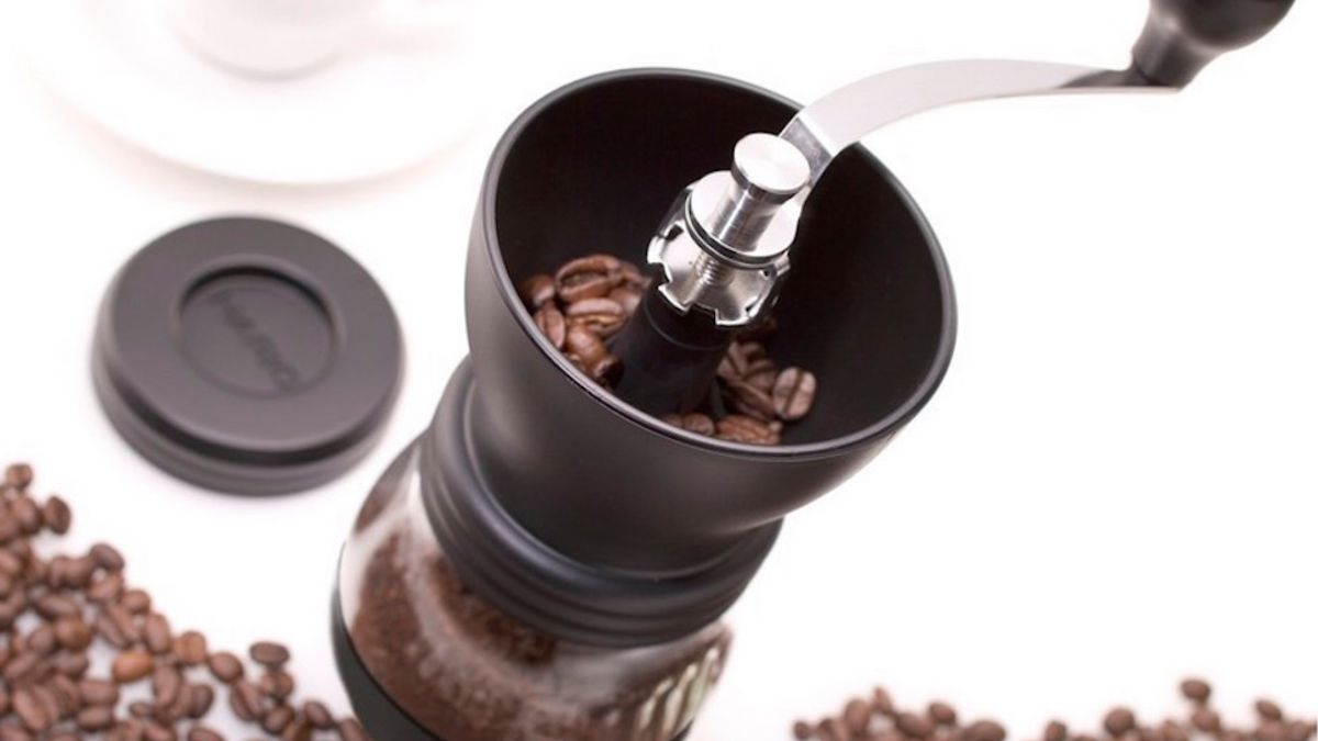 Why You Should Use a Burr Grinder to Grind Your Coffee