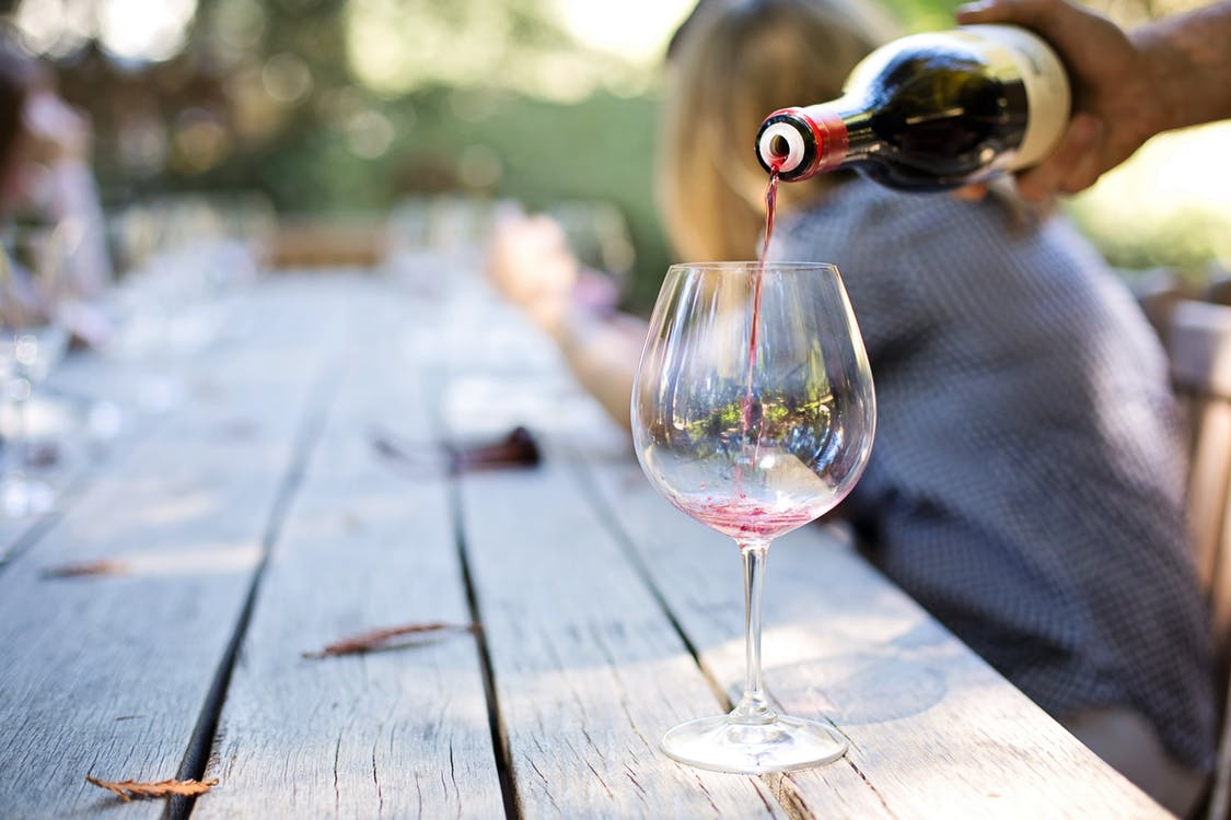15 Reasons That Having a Daily Glass of Wine is a Good Idea